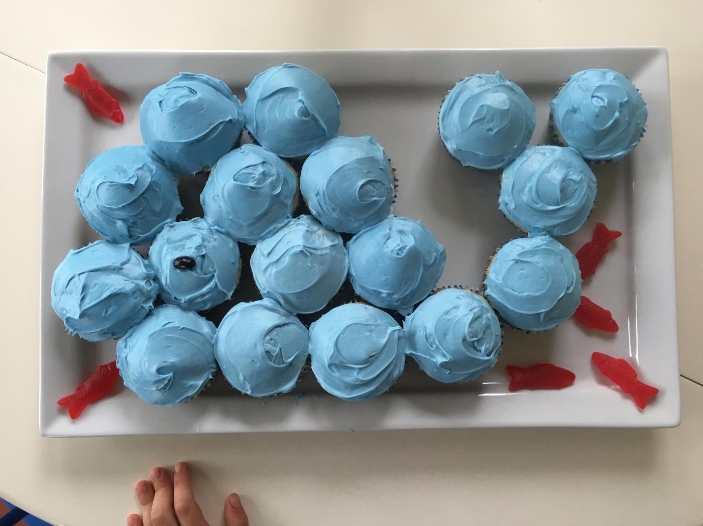 dawson-1st-bday-whale-cupcake.jpg