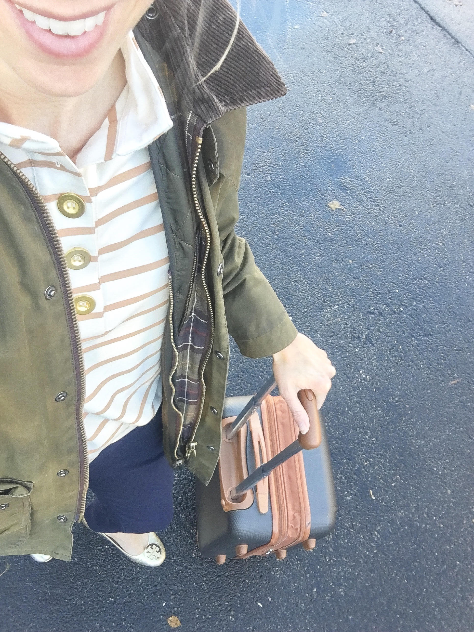 Fall-lilworkstyle-Jcrew Pants-Monelle Top-Barbour