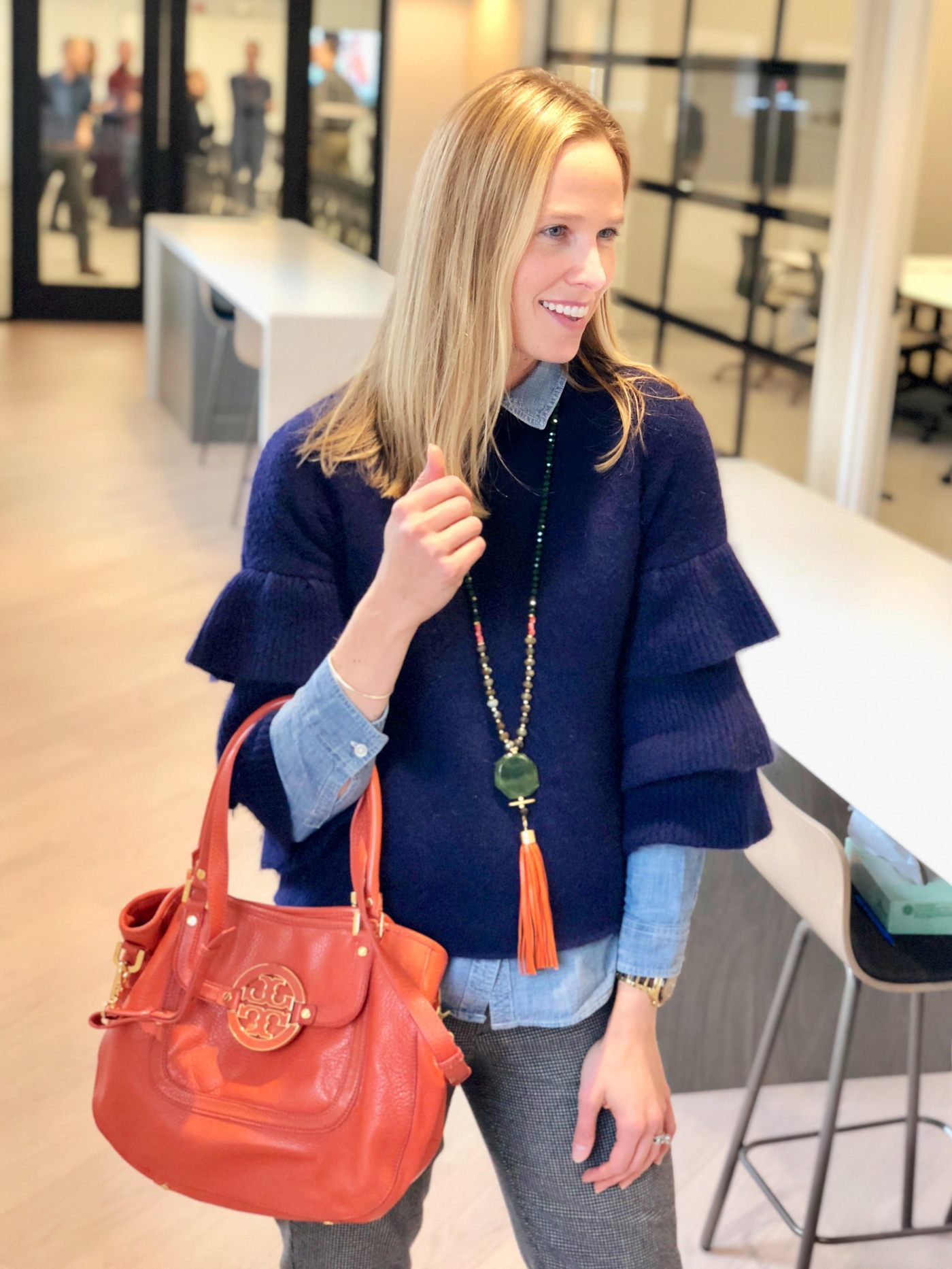 Fall-lilworkstyle-MonelleVT Sweater-Necklace